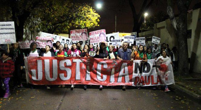 Enorme marcha en San Lorenzo por justicia para Paula Perassi