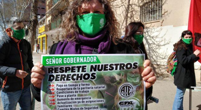 """""""Esenciales son nuestros derechos"""": la situación de les trabajadores provinciales"""
