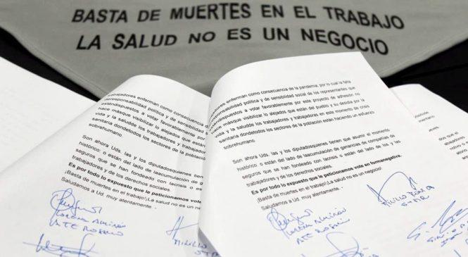 Convocan a pañuelazo contra la adhesión a la Ley de ART